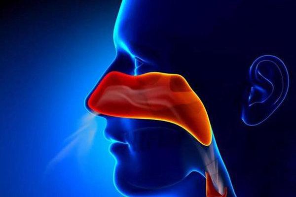 中年人小心鼻咽癌的前兆